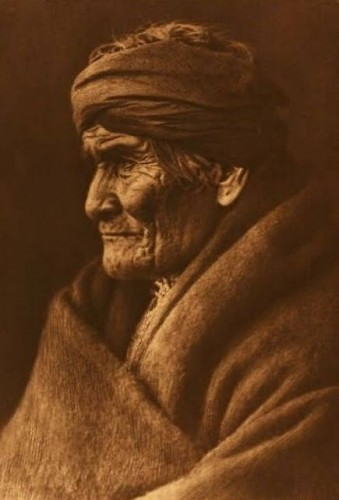 Geronimo_-_Apache.jpg
