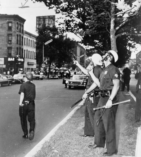 Race-Riots-in-Harlem-3-700x777.jpg