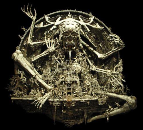 kris-kuksi-a-new-divinity