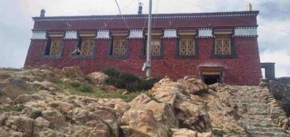 202107asia_chinatibet_tengdro_monastery 1